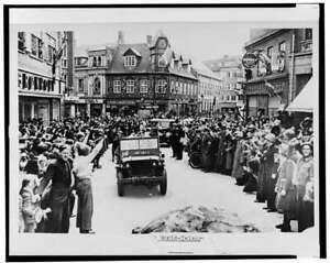 People of Copenhagen,Denmark welcome Allied Liberation Troops,World War,WW 9694