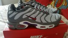 NIKE TN GUNSMOKE GREY GYM RED UK 8.5 VERY NICE TRAINERS  HARD TO FIND RARE