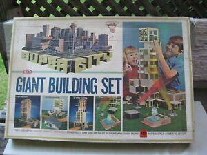1967 Ideal Toy's GIANT CONSTRUCTION BUILDING SET / 3364-7 / Motorific / Nice Box