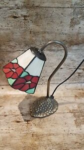 Vintage Antique Tiffany Style Stained Glass Floral Desk Table Lamp Metal Base