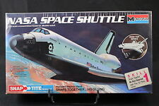 YH032 MONOGRAM 1/200 maquette navette spatiale 1110 Nasa Space Shuttle discovery