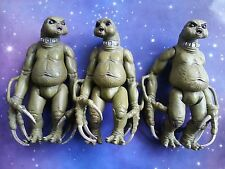 """DR WHO 3 x SLITHEEN GREEN FARTING ALIENS OF LONDON 5"""" NEW SERIES FIGURES LOT"""