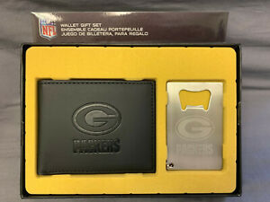 Green Bay Packers Men's Bi-Fold Wallet and Bottle Opener Keychain Gift Set