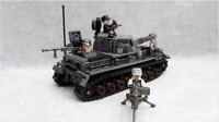 596 Pcs Armored Tank & 4 Pcs Minifigures Military Soldiers Lego MOC