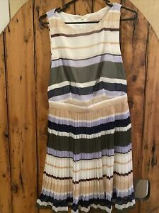 keepsake dress Size M