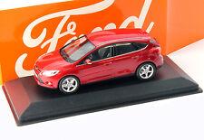 Ford Focus 5-Türer Baujahr 2011 rot metallic 1:43 Minichamps