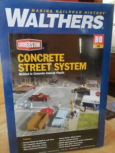 Walthers 933-3138 Concrete Street System Kit - HO SCALE NEW SEALED