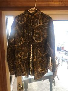 Legendary whitetails XL Leaf And Bark camo Flannel Button down shirt Early Seaso