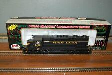Atlas Master HO SD-35 Low Nose Diesel Locomotive in Western Maryland #7433