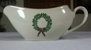Merry Brite Holiday Home Collection Christmas Wreath Gravy Bowl/Boat