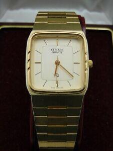 Vintage citizen quartz watch with with original packaging, receipt 1987.