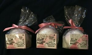 Soap and Glory Fizz-A-Ball Bath Bomb Smoothie Star, Sweet Vanilla Musk, Set of 3
