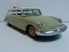 VINTAGE CHINA MF720 CITROEN ID DS 19 TINPLATE RARE scale 1:24? GOOD CONDITION
