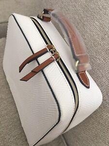 ESTEE LAUDER White Faux Leather Travel Cosmetic/ makeup Bag case 3pcs