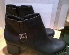 NEW Covington Women/'s Zip Up High Heel Boots Brown #25672 j14d a