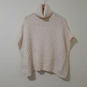 Banana Republic Sweater Poncho XS/S Cream Color Soft And Warm VGC