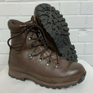 WOMENS ALTBERG BROWN LEATHER COMBAT DEFENDER BOOTS Size: 7 Large , British Army
