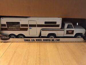 Tonka 5th Wheel Camper No 2100, Vintage