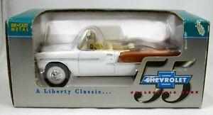 Liberty Classics ~ Collectible Bank 1955 Chevrolet Convertible ~ 1:25 scale