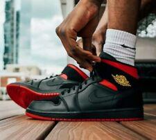 Nike Air Jordan 1 Retro Mid Last Shot 554724-076 nyc Men's Size 12 Black/Chicago
