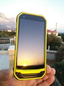 KYOCERA TORQUE G03 GREEN 3GB 32GB JAPAN MADE UNLOCKED RUGGED IP68 SEA PHONE
