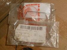 New listing *Nos Honda Atc200 Trx250 Trx350 Trx40 Spring headlamp holder PtNo 33109-440-931