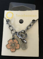 "SMITHSONIAN Institution Flower Pendant Cable Chain Toggle Necklace 18.5"" NWT"
