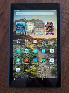 Fire HD 10 Tablet, 32 GB, Twilight Blue bundle