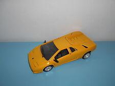 05.06.16.4 Polistil Tonka Lamborghini diablo jaune 1/18