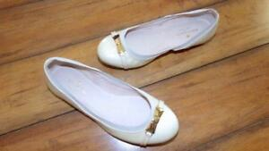 KATE SPADE ~ New! Woman's Sz 5 ~ Nude Patent Leather GOLD BOW Ballet Shoes Flat