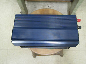 Chicago Electric 12v 2000/4000 Watt Power Inverter NICE