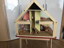 BODO HENNIG Puppenhaus - möbliert, mit Puppen und Geschirr, mit Beleuchtung