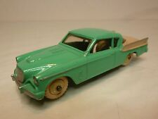 DINKY TOYS -  STUDEBAKER 169 GOLDEN HAWK  - VERY GOOD CONDITION.