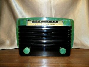 Bendix Model 526C Green Swirl Catalin Radio Excellent Condition -Works!