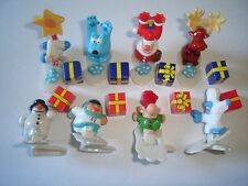 CHRISTMAS SANTA & AIDES WITH GIFTS 2008 KINDER SURPRISE FIGURES XMAS DECORATION