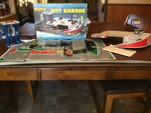 1981 Matchbox City Parking Garage Complete With Box EUC