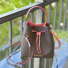 Michael Kors  Medium Bucket Crossbody Bag PVC Leather MK Signature Grapefruit