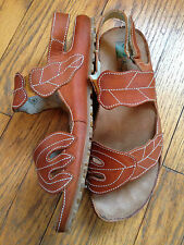 El Naturalista 10.5-11 Women's Sandals