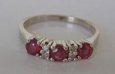 Nice  ❤️  0,10 ct. Brillant Ring aus 585 Weiß Gold mit Rubin Rubine Rubinen Ruby
