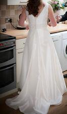 Rosetta nicolini wedding dress ivory size 10/12 Gorgeous