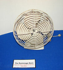 vintage GENERAL ELECTRIC Table OSCILLATING FAN --- 4 BLADES --- ONE SPEED