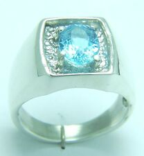 Genuine Blue Topaz 1.98 carats in 7.0 grams Silver ring size S/9