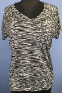 UNDER ARMOUR L Large Semi Fitted. Space Dye Black Gray V Neck Heat Gear Top