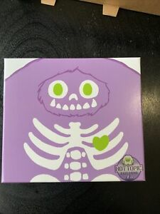 Abominable Toys Purple Glow Skeleton Chomp Hot Topic Exclusive
