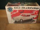 Vintage AMT Modern Classics T396 1/25 model kit 1953 Studebaker