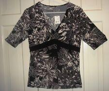 NWT TAHARI SADE V-NECK BLOUSE BLACK WHITE FLORAL Large Retail $168