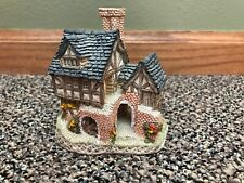 1983 The Bake House by David Winter Cottages. Handmade & Handpainted