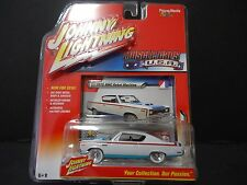 Johnny Lightning AMC Rebel Machine 1970 White 1/64 CHASE