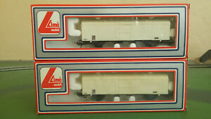 2x Lima HO gauge 303561 10RIV European ferry vans in white livery - boxed