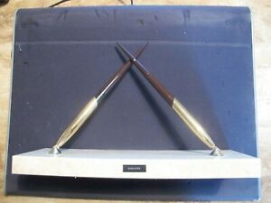 SHEAFFER PEN STAND AND PENS